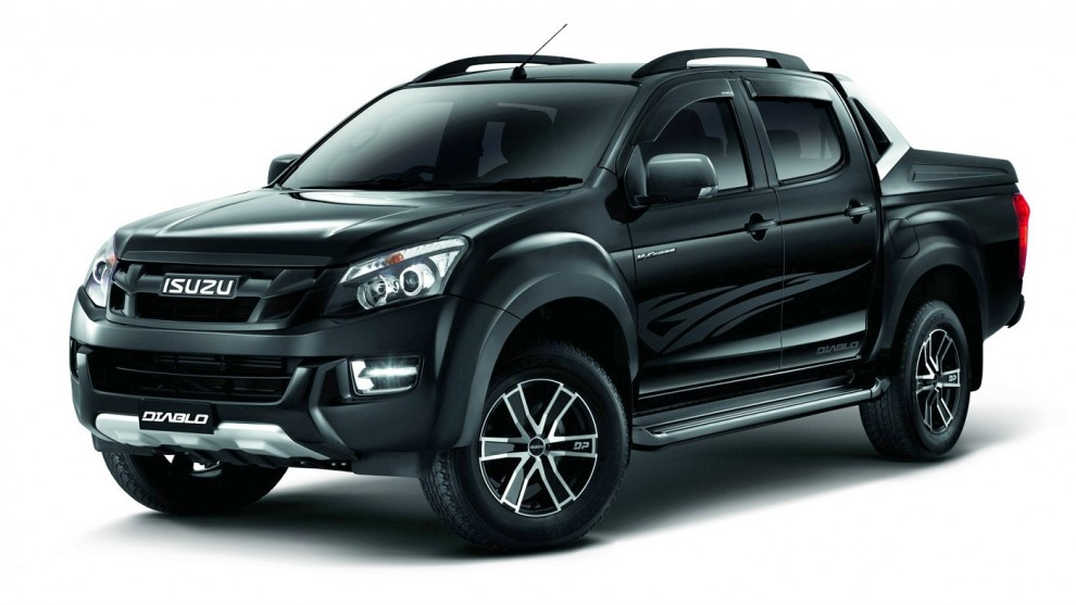 isuzu malaysia launches d max diablo special edition priced from rm110k to rm117k. Black Bedroom Furniture Sets. Home Design Ideas