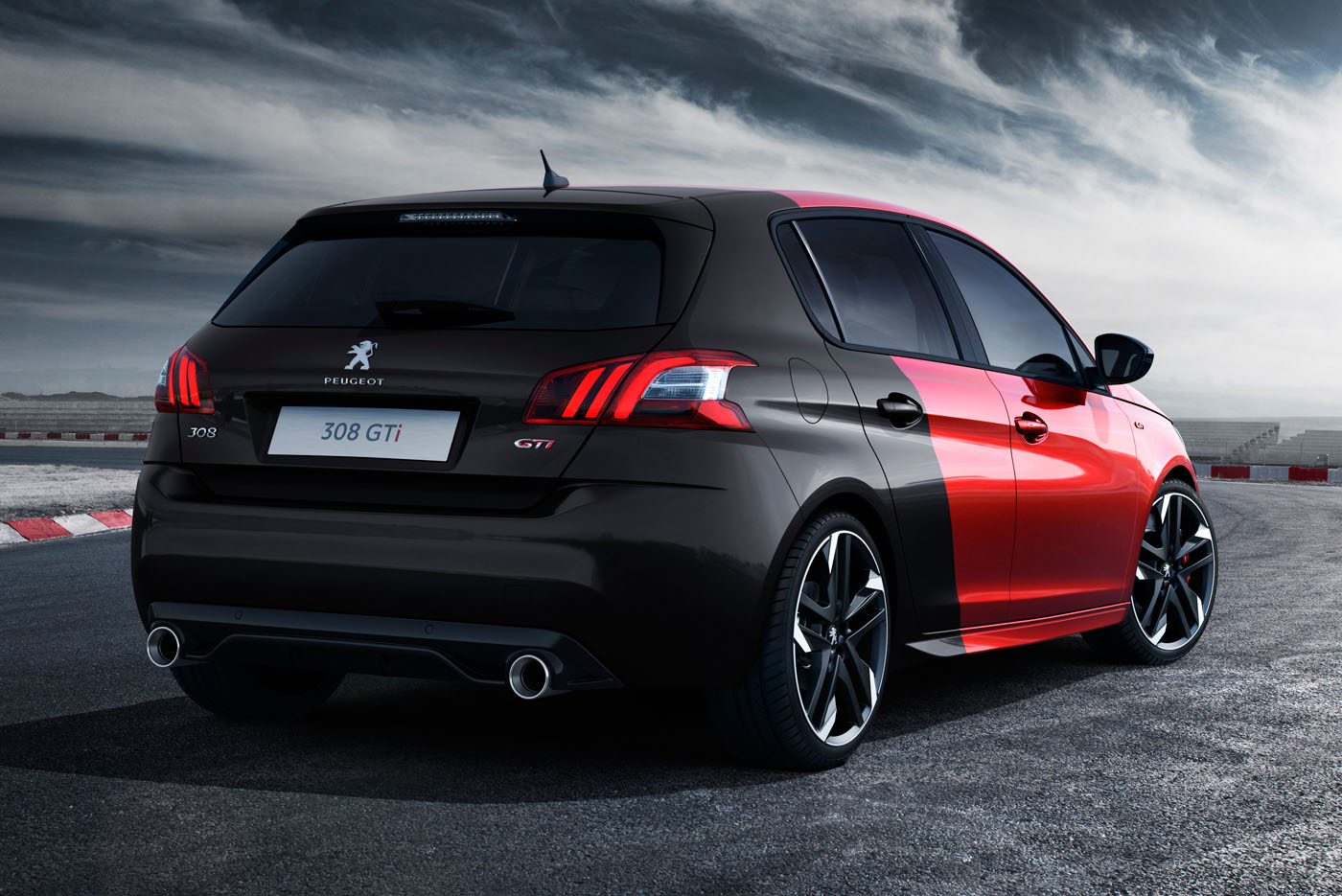 2015 peugeot 308 gti breaks cover gets either 250 or 270 hp video. Black Bedroom Furniture Sets. Home Design Ideas