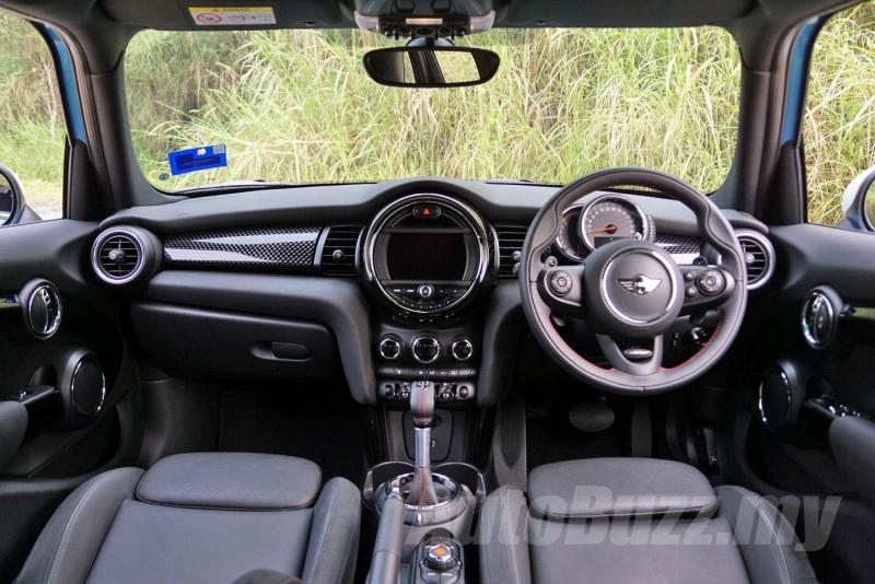 2015 MINI Cooper S 5 Door Review in Malaysia - AutoBuzz.my