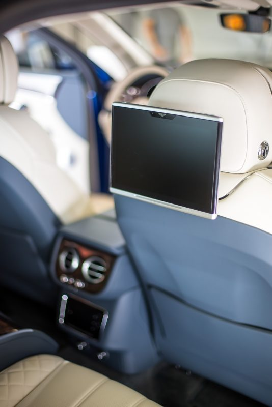 2016 Bentley Bentayga Review - AutoBuzz.my