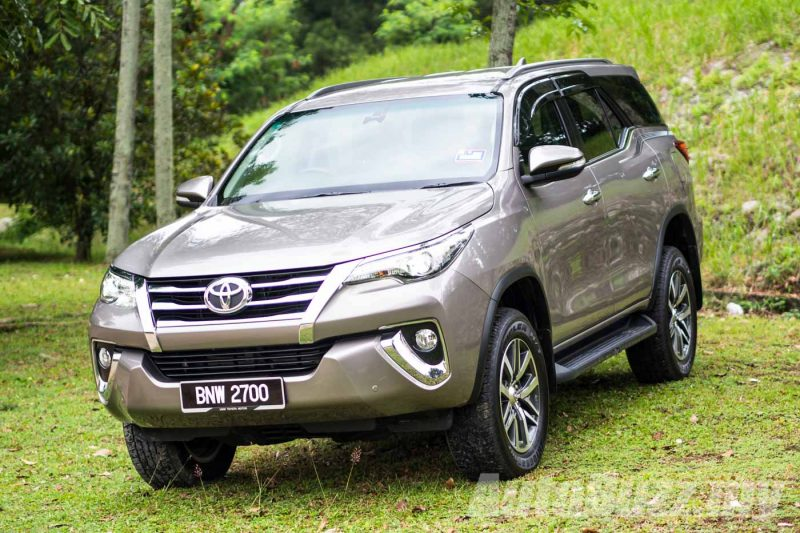 2016 Toyota Fortuner 2.7L SRZ Review - AutoBuzz.my