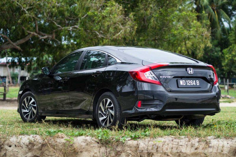 2016 Honda Civic 1.5L Turbo Review - AutoBuzz.my