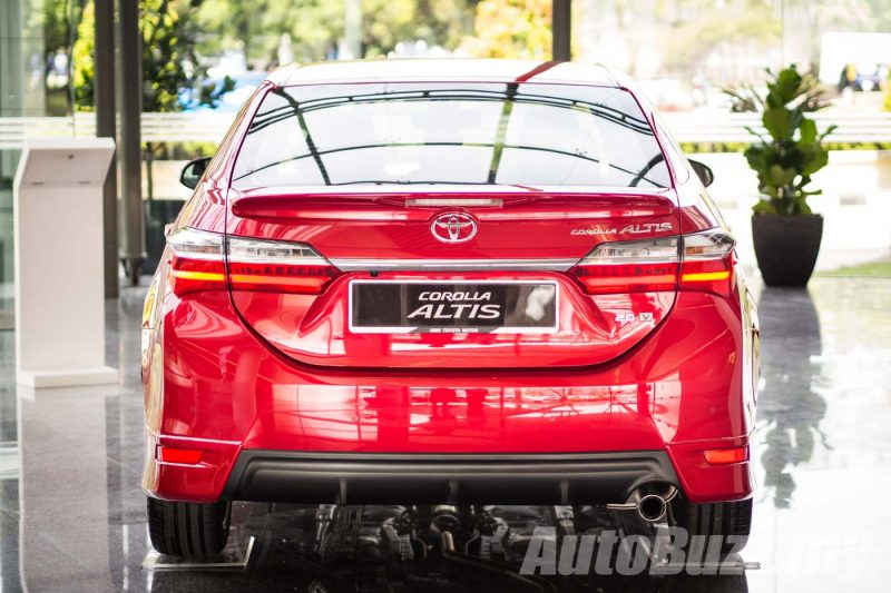 2016 Toyota Corolla Altis Facelift Launch - AutoBuzz.my