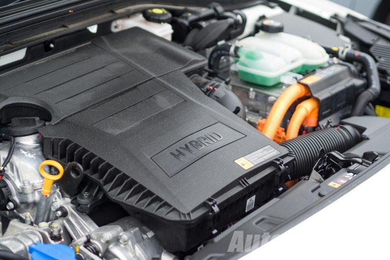 2016 Hyundai Ioniq 1.6L Hybrid Media Test Drive - AutoBuzz.my