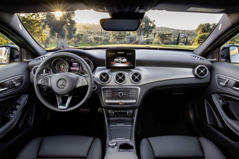 2017 Mercedes-Benz GLA Facelift Unveiled