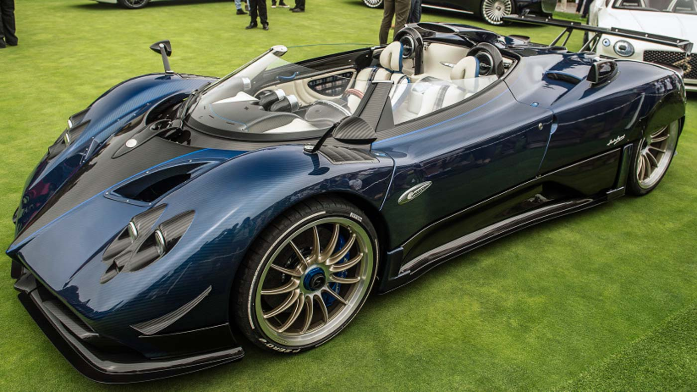 pagani made a new zonda again this time it 39 s called the hp barchetta. Black Bedroom Furniture Sets. Home Design Ideas