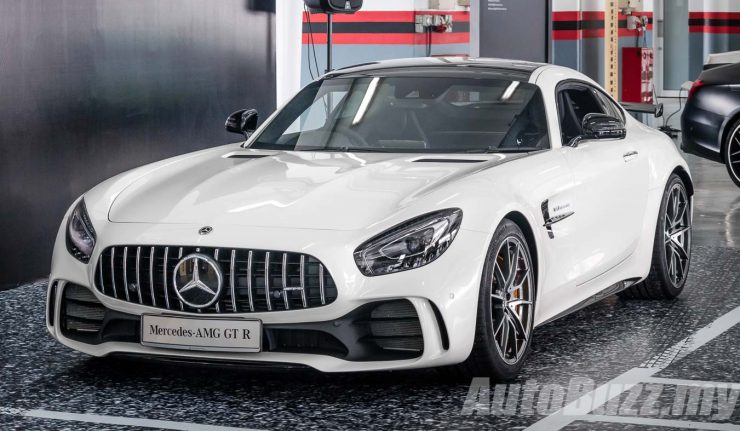 mercedes amg gt r roars into malaysia 4 0l bi turbo v8 priced from. Black Bedroom Furniture Sets. Home Design Ideas