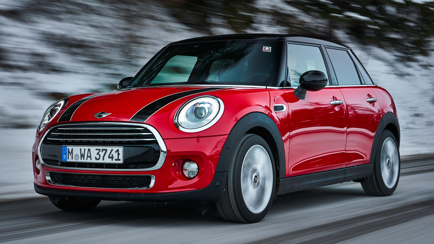 mini one cooper d updated with new 7 speed dct electronic gear lever. Black Bedroom Furniture Sets. Home Design Ideas