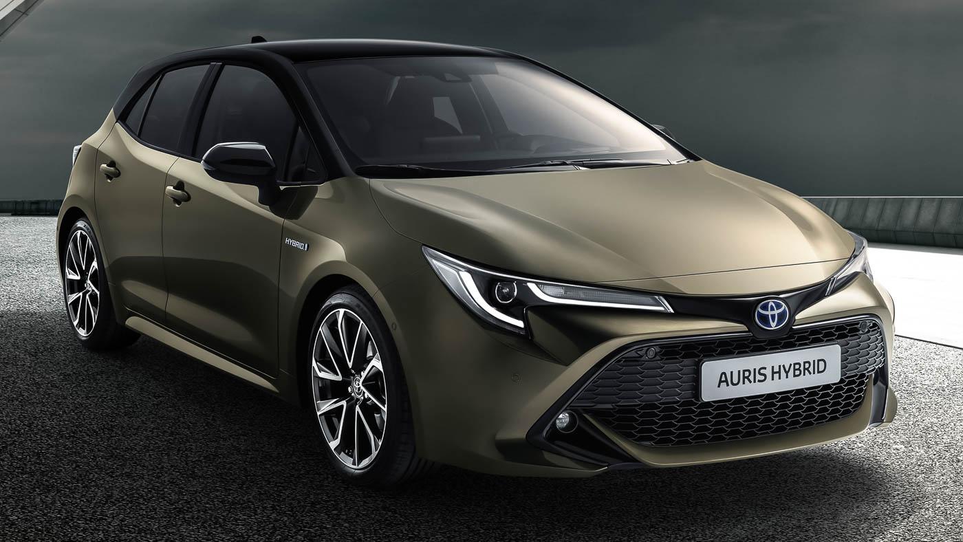 new toyota auris hints at next gen corolla sedan design. Black Bedroom Furniture Sets. Home Design Ideas